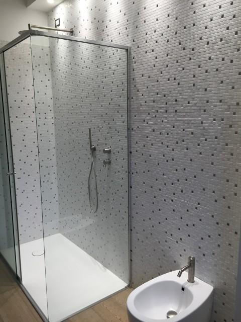 il.bagno.doccia.makro.mosaico.cornedo.vicenza