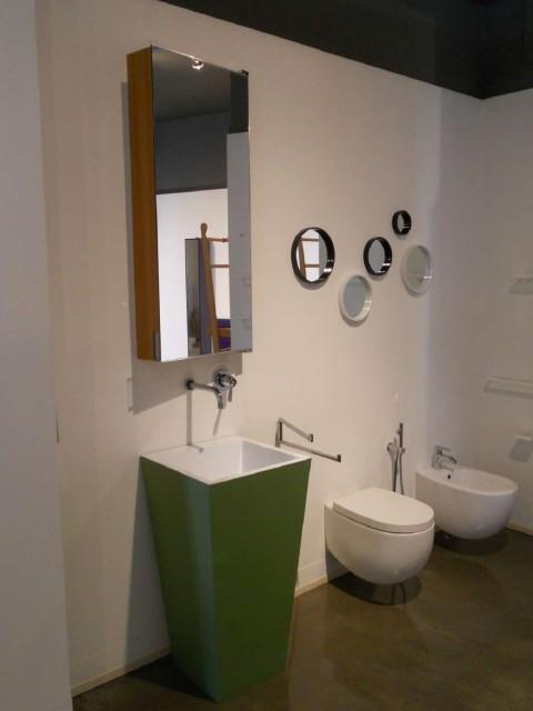 Thu Steel Design lavabo Acqua  € 1.996,00 scontato € 680,00